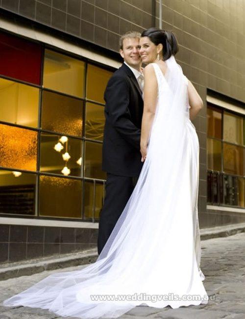 WeddingVeilsAllureCrystalChapelSTVeil-02