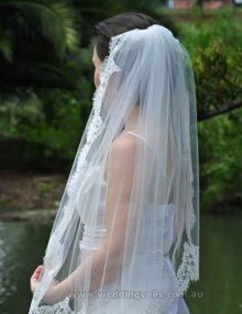 WeddingVeilsEstelleMantillaVeil-03