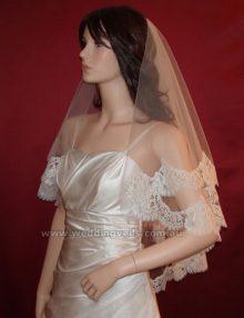 WeddingVeilsFlorenceMantillaCV-01