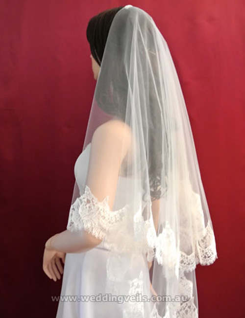 Priscilla Drop Mantilla Veil – Wedding Veils Australia